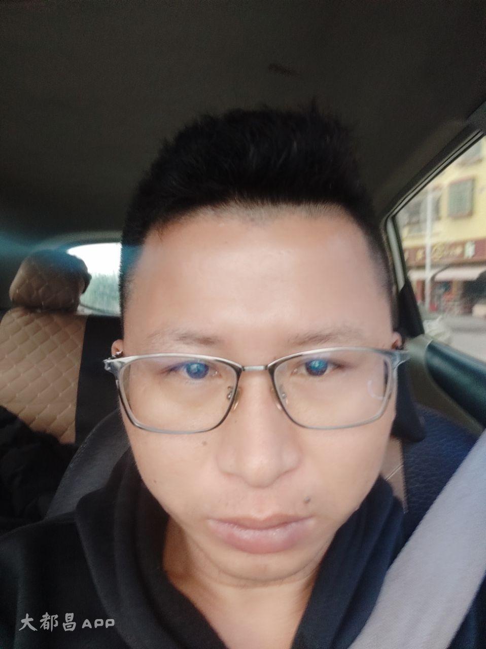 王先生    23533548713